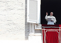 20170625 VATICANO: PAPA FRANCESCO RECITA LA PREGHIERA DELL'ANGELUS DOMENICALE