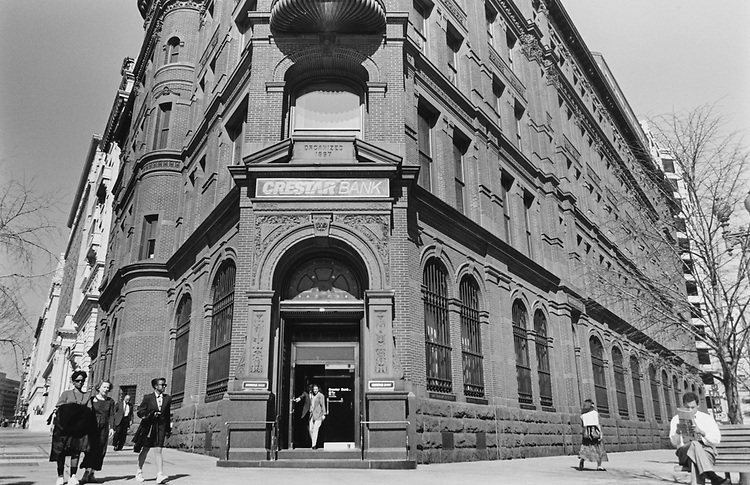Crestar Bank at downtown in Washington D.C., in March 1995. (Photo by Laura Patterson/CQ Roll Call via Getty Images)