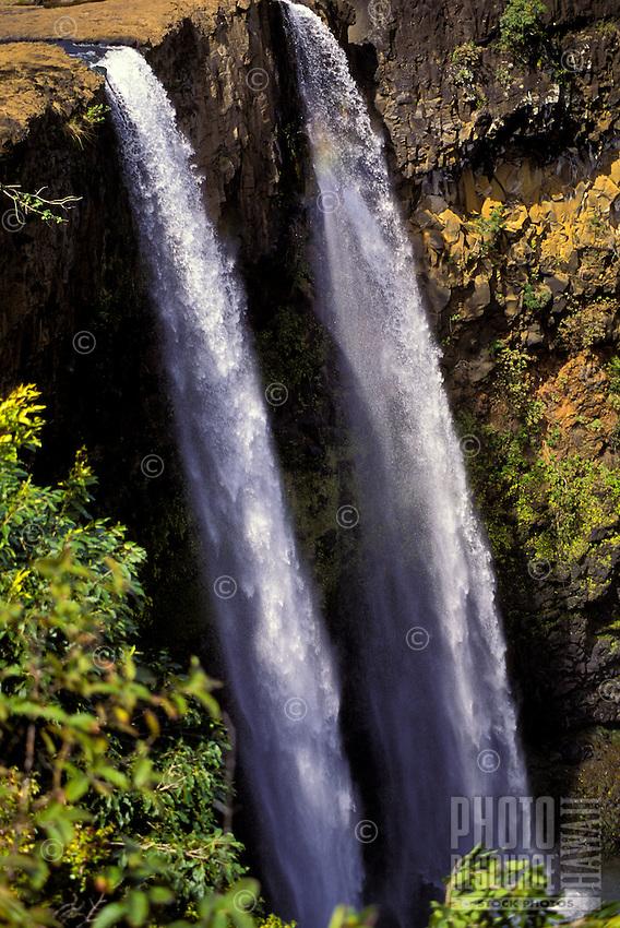 Double waterfalls of Wailua. Island of Kauai