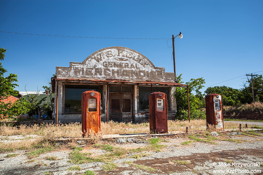 "Abandoned ""W.S. Kelly"" Gas Station and General Store in Cogar, OK, as seen on the movie ""Rain Man"""