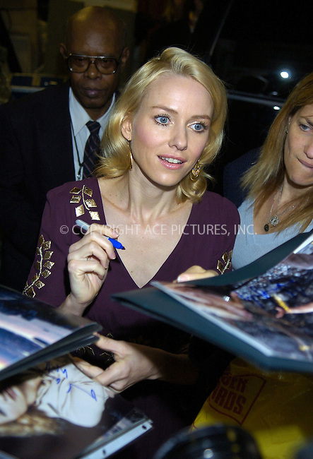 WWW.ACEPIXS.COM....November 30 2005, New York City....King Kong star Naomi Watts out and about in New York.......Please byline: PHILIP VAUGHAN/ACEPIXS.COM....Contact Philip Vaughan on 212 243 8787 or 646 769 0430......tel: 212 243 8787..e-mail: info@acepixs.com..website: www.acepixs.com