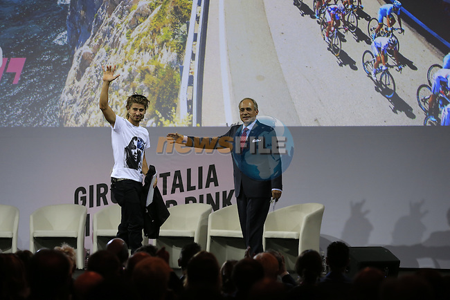 Newly crowned World Champion Peter Sagan (SVK) and Andrea Monti, La Gazzetta dello Sport Editor-in-Chief, on stage at the Giro d'Italia 2016 Presentation held at Expo Milano, Milan, Italy. 5th October 2015.<br /> Picture: Eoin Clarke | Newsfile