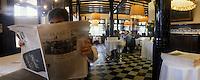 """Europe/Espagne/Catalogne/Barcelone : Restaurant """"Les 7 portes"""" passage Isabelle II"""