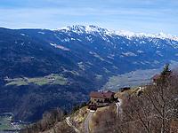 Gasthaus Oberplatzer im Ortsteil Vellau, Algund-Lagundo, Provinz Bozen &ndash; S&uuml;dtirol, Italien<br /> Inn Oberplatzer in district Vellau, Algund-Lagundo, province Bozen-South Tyrol, Italy