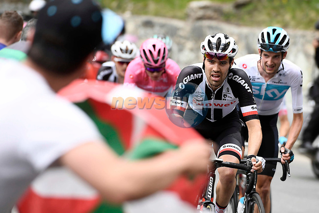 Tom Dumoulin (NED) Team Sunweb climbing during Stage 20 of the 2018 Giro d'Italia, running 214km from Susa to Cervinia is the final mountain stage, with the last three climbs of Giro 101 deciding the GC of the Corsa Rosa, Italy. 26th May 2018.<br /> Picture: LaPresse/Fabio Ferrari | Cyclefile<br /> <br /> <br /> All photos usage must carry mandatory copyright credit (© Cyclefile | LaPresse/Fabio Ferrari)