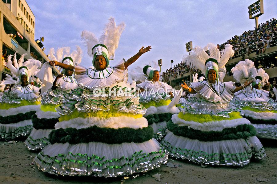 Desfile de carnaval da Imperatriz Leopoldinense. Rio de Janeiro. I986. Foto de Juca Martins.