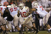 08 October 2005:  Ohio State QB Troy Smith (10) runs a QB draw.  The Penn State Nittany Lions knocked off the #6 Ohio State Buckeyes 17-10 October 8, 2005 at Beaver Stadium in State College, PA..