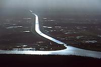 Deutschland, Niedersachsen, Elbe, Elbeseitenkanal, Kanal in die Elbe