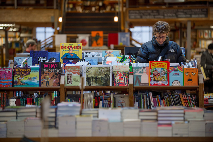 12/13/2012--Seattle, WA, USA....Elliot Bay book store in Seattle's Capitol Hill neighborhood is one of the city's most popular independent book stores...©2012 Stuart Isett. All rights reserved.