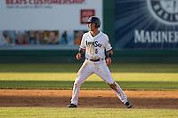 Everett Aquasox shortstop Drew Jackson (5) leads off second base during a game against the Eugene Emeralds at Everett Memorial Stadium in Everett, Washington.  Eugene defeated Everett 7-5. (Ronnie Allen/Four Seam Images)