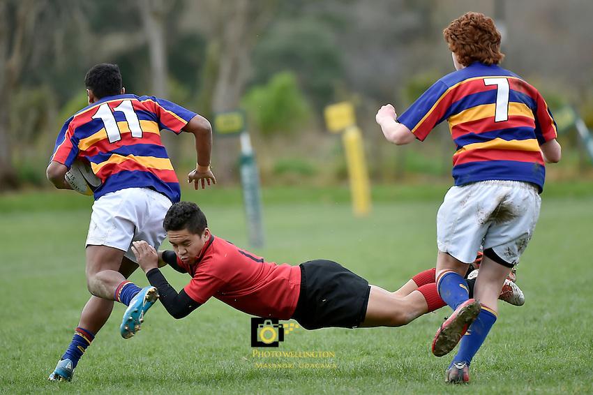 Action from the Hurricanes U15 Rugby Tournament - Gisborne Boys' College v Tawa at Silverstream, Upper Hutt, New Zealand on Monday 31 August 2015.<br /> Photo by Masanori Udagawa. www.photowellington.photoshelter.com.