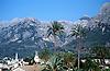 S&oacute;ller and Tramuntana mountains<br /> <br /> S&oacute;ller y Sierra de Tramuntana<br /> <br /> S&oacute;ller und Tramuntana-Gebirge <br /> <br /> 3798 x 2474 px<br /> 150 dpi: 64,31 x 41,89 cm<br /> 300 dpi: 32,16 x 20,95 cm<br /> Original: 35 mm slide transparancy
