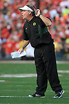 Oregon head coach Chip Kelly shouts instructions to his players during the 96th Rose Bowl in Pasadena, Ca January 1, 2010.