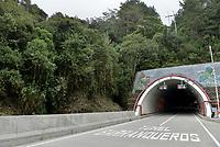 """LA LINEA - COLOMBIA, 29-08-2020: Túnel Barranqueros. El túnel principal """"La Línea"""" tiene una longitud de  8,65 km y hace parte de El Túnel de La Línea el proyecto de infraestructura vial más importnate de Colombia que está es fase final de construcción conectará de manera eficiente los departamentos colombianos de Quindío y Tolima. El plan además consta de 24 puentes y 20 túneles de diferentes longitudes. / Barranqueros Tunnel. The main tunnel """"La Línea"""" has a length of 8.65 km and is part of El Túnel de La Línea, the most important road infrastructure project in Colombia, which is in the final phase of construction and will efficiently connect the Colombian departments of Quindío and Tolima. The plan also consists of 24 bridges and 20 tunnels of different lengths. Photo: VizzorImage / Gabriel Aponte / Staff"""