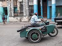 Watching her, Diez de Octubre, Habana