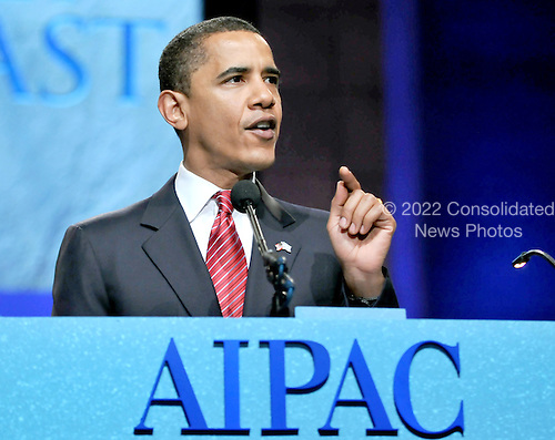 Washington, D.C. - June 4, 2008 -- United States Senator Barak Obama (Democrat of Illinois), the presumptive 2008 Democratic nominee for President of the United States, speaks at the American Israel Public Affairs Committee (AIPAC) annual Policy Conference in Washington, D.C. on Wednesday, June 4, 2008.  In his remarks, Senator Barak spoke of his solid support for the State of Israel..Credit: Ron Sachs / CNP