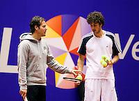 12-12-09, Rotterdam, Tennis, REAAL Tennis Masters 2009, Robin Haase in de training met zijn coach Dennis Schenk