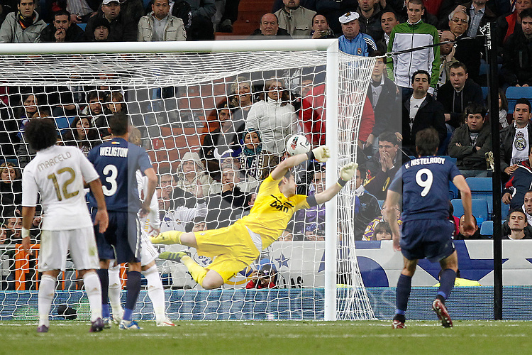 Malaga's Santiago Carzorla goal during la Liga match on march 18th 2012...Photo: Alex Cid-Fuentes / ALFAQUI