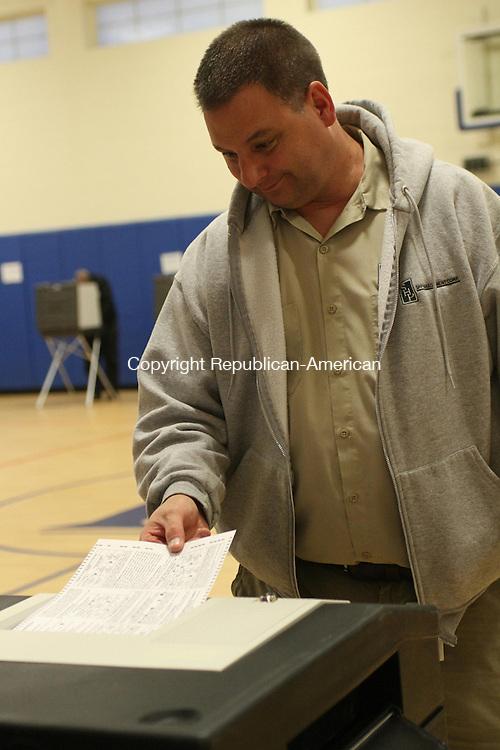 WATERTOWN, CT-05 November 2013-110513LW06 - Matthew Dillon votes at Polk Elementary School in Watertown Tuesday afternoon. Laraine Weschler Republican-American