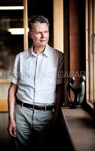 Professor gynecology Thomas D'Hooghe (Belgium, 10/06/2013)