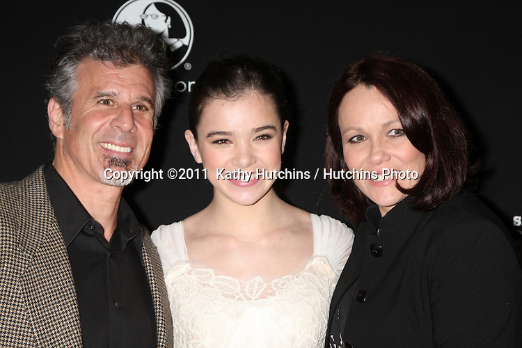 LOS ANGELES - FEB 4:  Hailee Steinfeld and parents, Pete & Cheri Steinfeld arrives at the 2011 Virtuoso Awards at the Santa Barbara International Film Festival at Lobero Theater on February 4, 2011 in Santa Barbara, CA