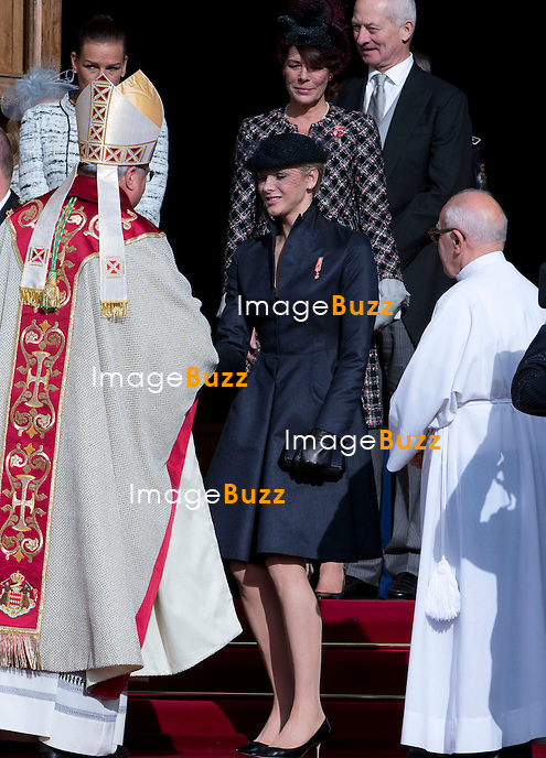 MONACO 11/19/2012: .MONACO - NOVEMBER 19: Princess Charlene of Monaco and Prince Albert II of Monaco at the Cathedral Notre Dame for Mass as part of the celebrations marking Monaco's National Day at Cathedrale Notre-Dame-Immaculee de Monaco