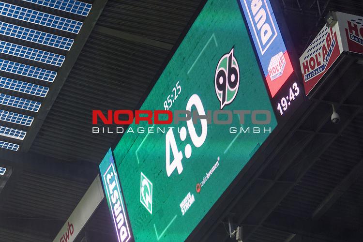 19.11.2017, Weser Stadion, Bremen, GER, 1.FBL, Werder Bremen vs Hannover 96, im Bild<br /> <br /> Feature Anzeigentafel Endstand 4 zu 0<br /> Foto &copy; nordphoto / Kokenge