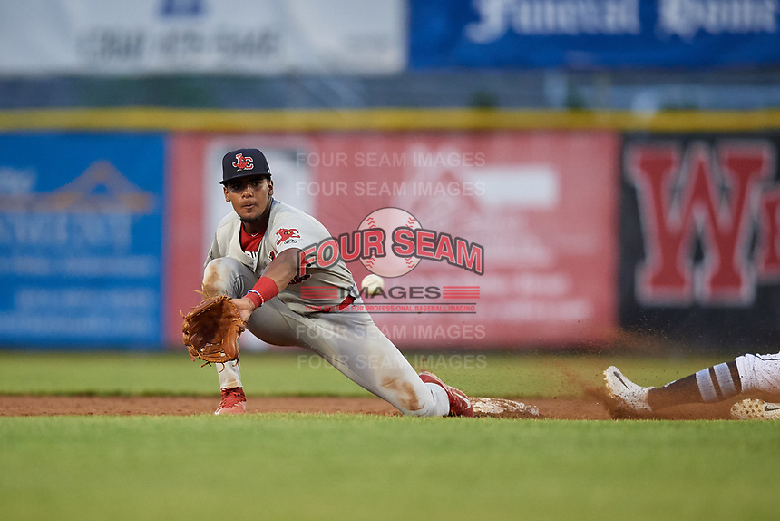 Johnson City Cardinals second baseman Moises Castillo (7) waits to receive a throw during the second game of a doubleheader against the Princeton Rays on August 17, 2018 at Hunnicutt Field in Princeton, Virginia.  Princeton defeated Johnson City 12-1.  (Mike Janes/Four Seam Images)