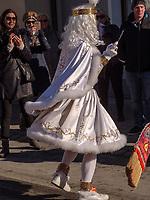 Spritzer beim Aufzug der Masken beim Nassereither Schellerlauf, Fasnacht in Nassereith, Bezirk Imst, Tirol, &Ouml;sterreich, Europa, immaterielles UNESCO Weltkulturerbe<br /> Spritzer at the gathering of the masks, Nassereither Schellerlauf-Fasnacht, Nassereith, Tyrol, Austria Europe, Intangible World Heritage