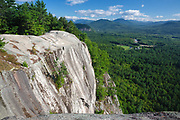 Echo Lake / Cathedral Ledge State Park - Scenic view from the summit of Cathedral Ledge in North Conway.