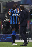 Football Soccer: UEFA Champions League -Group Stage- Group F Internazionale Milano vs Borussia Dortmund, Giuseppe Meazza stadium, October 23, 2019.<br /> Inter's Romelu Lukaku (l) speaks to his coach Antonio Conte (r) after leaving the pitch during the Uefa Champions League football match between Internazionale Milano and Borussia Dortmund at Giuseppe Meazza (San Siro) stadium, on October 23, 2019.<br /> UPDATE IMAGES PRESS/Isabella Bonotto