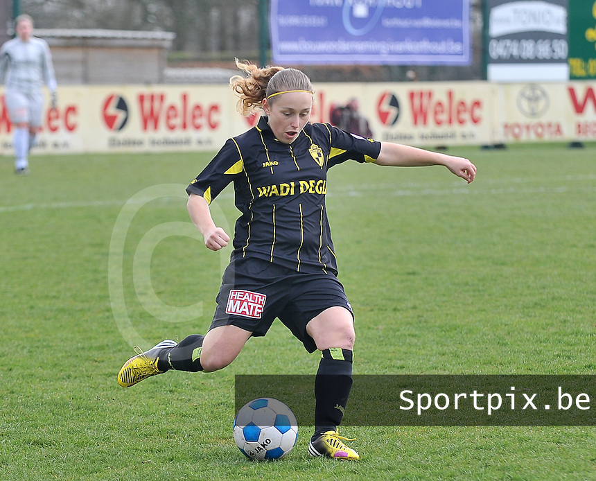20140315 - WESTERLO , BELGIUM : Lierse Dominique Van Wensveen pictured during the soccer match between the women teams of SK Lierse Dames  and SC Heerenveen Vrouwen , on the 19th matchday of the BeNeleague competition Saturday 15 March 2014 in Westerlo . PHOTO DAVID CATRY