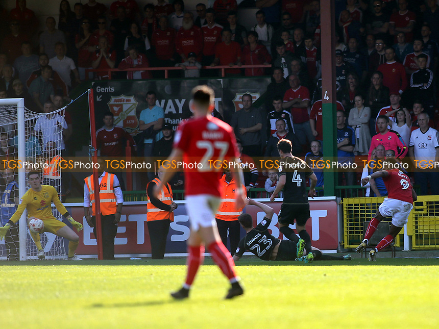 Jon Obika scores Swindon's late equalising goal during Swindon Town vs MK Dons, Sky Bet EFL League 1 Football at the County Ground on 8th April 2017