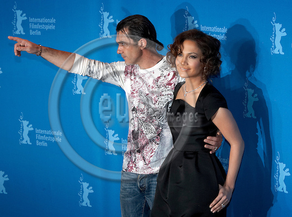"BERLIN - GERMANY 15. FEBRUARY 2007 --  Berlin Filmfestival - Berlinale 2007 - Antonio Banderas and Jennifer Lopez in Berlin with the movie Bordertown -- PHOTO: CHRISTIAN T. JOERGENSEN / EUP & IMAGES....This image is delivered according to terms set out in ""Terms - Prices & Terms"". (Please see www.eup-images.com for more details)"
