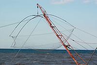 Rete da pesca nel porto di Villarosa..Fishing net in the port of Villarosa.....