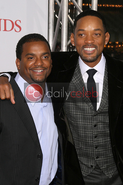Alfonso Ribeiro and Will Smith <br /> at the Los Angeles Premiere of 'Seven Pounds'. Mann Village Theatre, Westwood, CA. 12-16-08<br /> Dave Edwards/DailyCeleb.com 818-249-4998