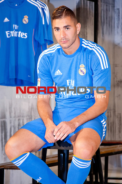 Presentation of the second Real Madrid Kit for the season 2013-2014. July 25, 2013. Foto &not;&copy; nph / Adrian P. Rincon)<br /> Karim Benzema *** Local Caption ***