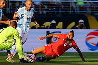 Action photo during the match Argentina vs Chile at Levis Stadium Copa America Centenario 2016. ---Foto  de accion durante el partido Argentina vs Chiler, En el Estadio de la Universidad de Phoenix, Partido Correspondiante al Grupo - D -  de la Copa America Centenario USA 2016, en la foto: Arturo Vidal<br /> <br /> --- 06/06/2016/MEXSPORT/PHOTOSPORT/ Andres Pina