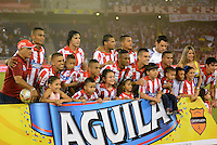 BARRANQUIILLA -COLOMBIA-21-05-2015: Jugadores de Atlético Junior posan para una foto durante partido de ida con Independiente Medellin por los cuartos de final de la Liga Águila I 2015 jugado en el estadio Metropolitano Roberto Meléndez de la ciudad de Barranquilla./ Players of Atletico Junior pose to a photo during the first leg match against Independiente Medellin por the final quarters of the Aguila League I 2015 played at Metropolitano Roberto Melendez stadium in Barranquilla city.  Photo: VizzorImage/Alfonso Cervantes/Cont