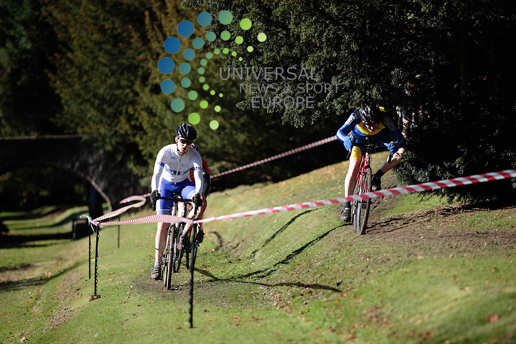 The opening round of the Scottish Cyclocross Series held in Callender Park, Falkirk. <br /> 7th October 2012..Picture: James Robertson Universal News And Sport (Europe) .All pictures must be credited to www.universalnewsandsport.com. (Office)0844 884 51 22.
