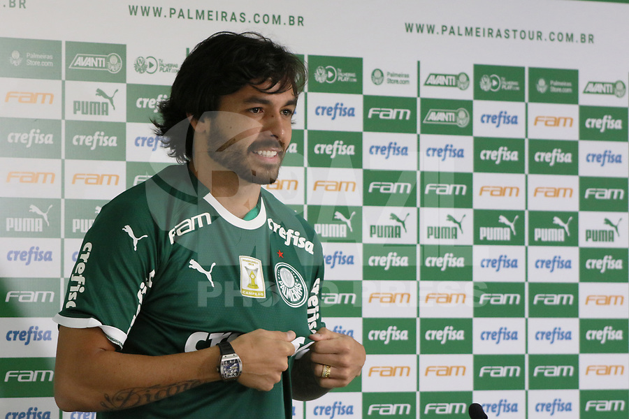 SÃO PAULO, SP, 06.02.2019: FUTEBOL-PALMEIRAS: Ricardo Goulart, novo Atacante do Palmeiras, é apresentado em coletiva de imprensa no Centro Universitário FAM, nesta quarta-feira, 6.(Foto: Charles Sholl/Brazil Photo Press)