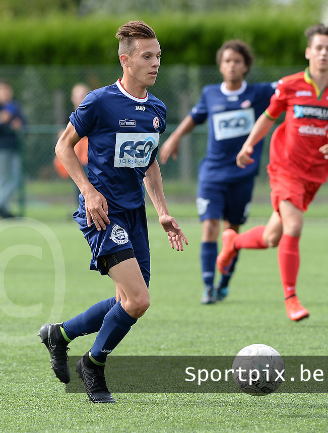 20150826 - KORTRIJK , BELGIUM : Kortrijk's Tijl Vandenabeele pictured during the Under 19 ELITE soccer match between KV Kortrijk and KV Oostende U19 , on the third matchday in the -19 Elite competition. Wednesday 26 August 2015. PHOTO DAVID CATRY