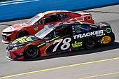 Monster Energy NASCAR Cup Series<br /> TicketGuardian 500<br /> ISM Raceway, Phoenix, AZ USA<br /> Sunday 11 March 2018<br /> Martin Truex Jr., Furniture Row Racing, Toyota Camry 5-hour ENERGY/Bass Pro Shops and Timmy Hill, Rick Ware Racing, Chevrolet Camaro P2<br /> World Copyright: Rusty Jarrett<br /> NKP / LAT Images
