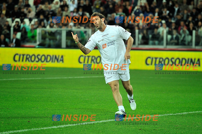 "L'esultanza di Ciro Ferrara alla 22esima edizione della Partita del Cuore. .Torino 28/5/2013 Juventus Stadium .22esima edizione della Partita del Cuore .Foto Massimiliano Sticca Insidefoto .""Heart's match"" charity football match between musicians, actors, former football players and other VIPS"