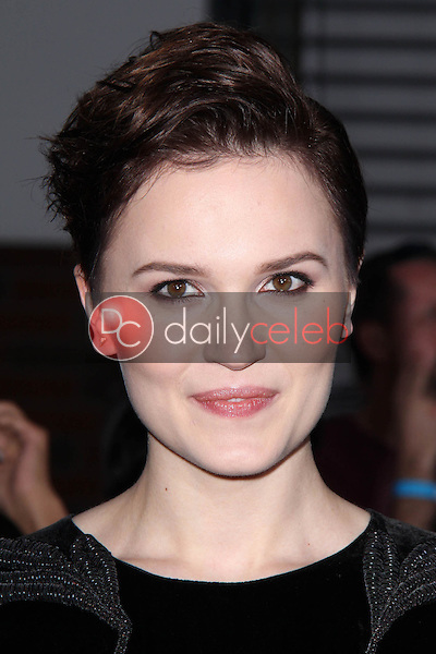 """Veronica Roth<br /> at the """"Divergent"""" Los Angeles Premiere, Regency Bruin Theatre, Westwood, CA 03-18-14<br /> Dave Edwards/DailyCeleb.com 818-249-4998"""