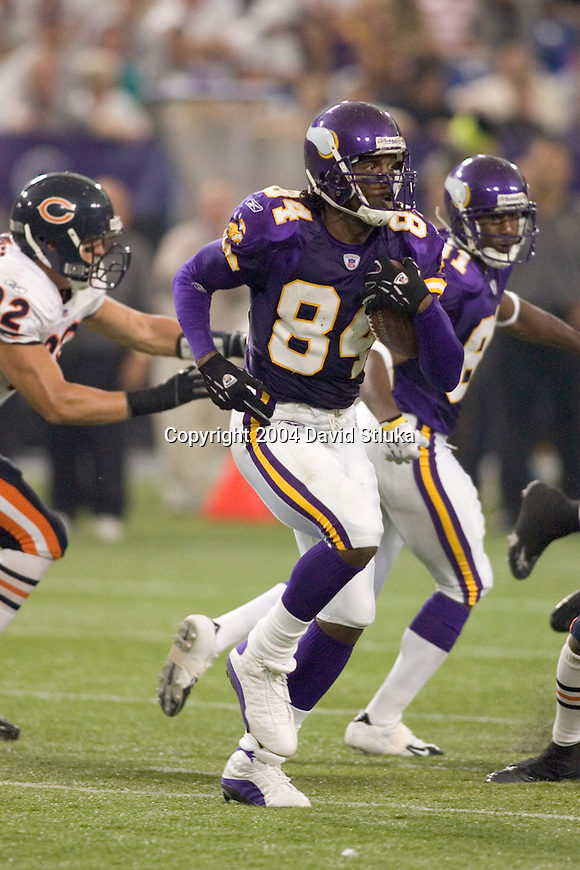 Minnesota Vikings wide receiver Randy Moss (84) during an NFL football game against the Chicago Bears at the Hubert H. Humphrey Metrodome on September 26, 2004 in Minneapolis, Minnesota. The Vikings beat the Bears 27-22. (Photo by David Stluka)