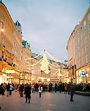 AUSTRIA, Vienna, crowd of people celebrating Christmas at Graben street