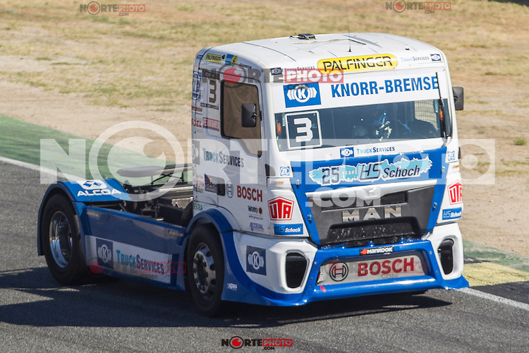 German driver Jochen  Hahn belonging German team Jochen Hahn during the third race R3 of the XXX Spain GP Camion of the FIA European Truck Racing Championship 2016 in Madrid. October 02, 2016. (ALTERPHOTOS/Rodrigo Jimenez) /NORTEPHOTO.COM / © NORTEPHOTO.C OM