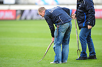 VOETBAL: HEERENVEEN: Abe Lenstra Stadion, SC Heerenveen - Vitesse, 21-01-2012, Eindstand 1-1, terreinmeester Henk Schreuder, ©foto Martin de Jong