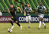 PALMIRA - COLOMBIA, 04-04-2019: Claudio Aquino del Guaraní en acción durante el partido por la primera ronda de la Copa CONMEBOL Sudamericana 2019 entre Deportivo Cali de Colombia y Club Guaraní de Paraguay jugado en el estadio Deportivo Cali de la ciudad de Palmira. / Claudio Aquino of Guarani in action during the match for the first round as part Copa CONMEBOL Sudamericana 2019 between Deportivo Cali of Colombia and Club Guarani of Paraguay played at Deportivo Cali stadium in Palmira city.  Photo: VizzorImage / Gabriel Aponte / Staff
